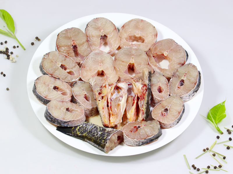 Deshi Shol Fish Steaks with Head (Ready To Cook) (700-850gm size)